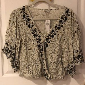 NEW American Eagle white and black floral crop top